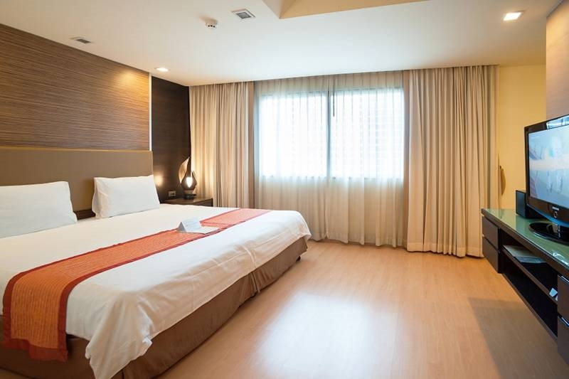 Rooms In Aspen Suites Bangkok Serviced Apartment Hotel Sukhumvit Classy Hotels 2 Bedroom Suites